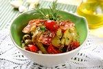 Salatka wloska z oliwkami.jpg